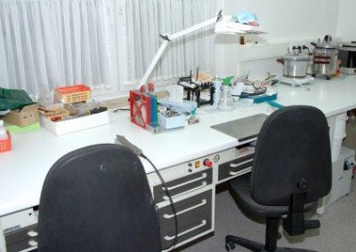 Dr Bleckmann Zahnärzte Drolshagen Team - labor 400x284 - Wir über uns
